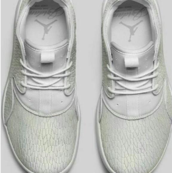 Jordan Eclipse Premium Heiress Shoespse Premium. M 5aa7828072ea88df3942c2a4 5d0af022c